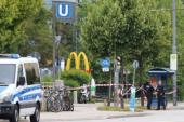 Il terrore paralizza Monaco di Baviera: 10 morti, compreso attentatore