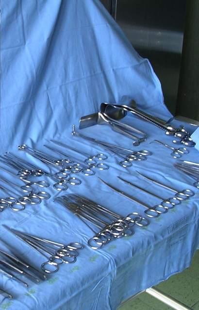 La pulizia degli strumenti chirurgici in sala operatoria: aspetti logici e pratici